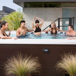 Marquis Hot Tub Vector 21 Series v150 hot tub swim spa hybrid ontario outside